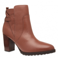 Ankle Boot Recortes Tratorada Couro