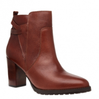 Ankle Boot Recortes Tratorada