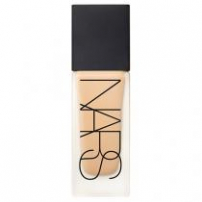 Base All Day Luminous Weightless Foundation