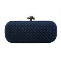 Clutch Elongated Knot Azul Marinho